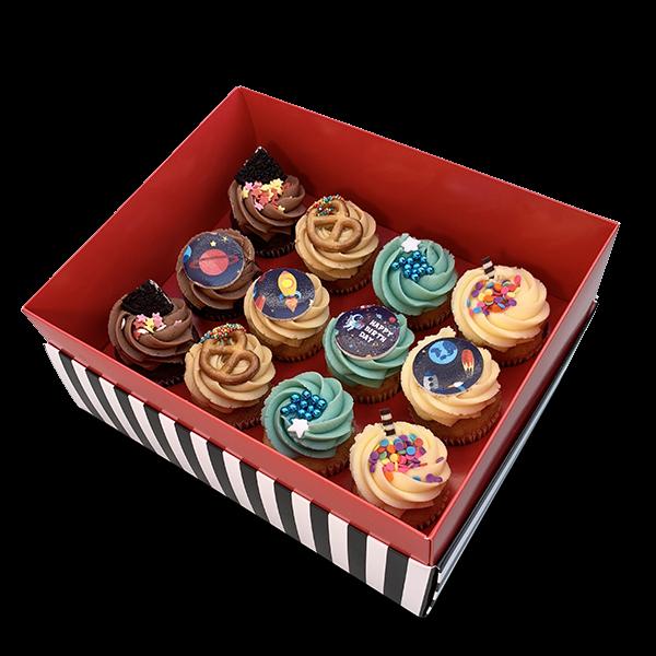 קופסת מתנה 12 קאפקייקס בינוני ליום הולדת של ילד