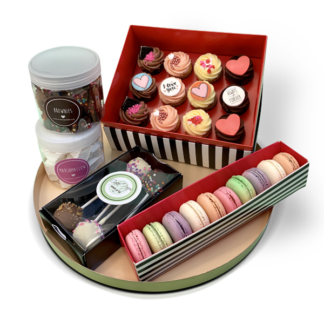 love gift set cupcakes