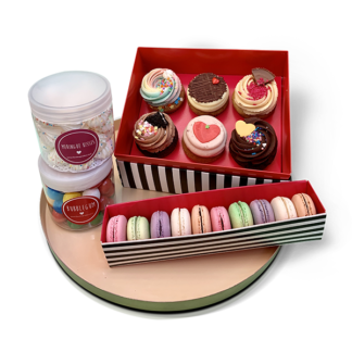 mixed box set - cupcakes, macarons,meringue,bubblegum